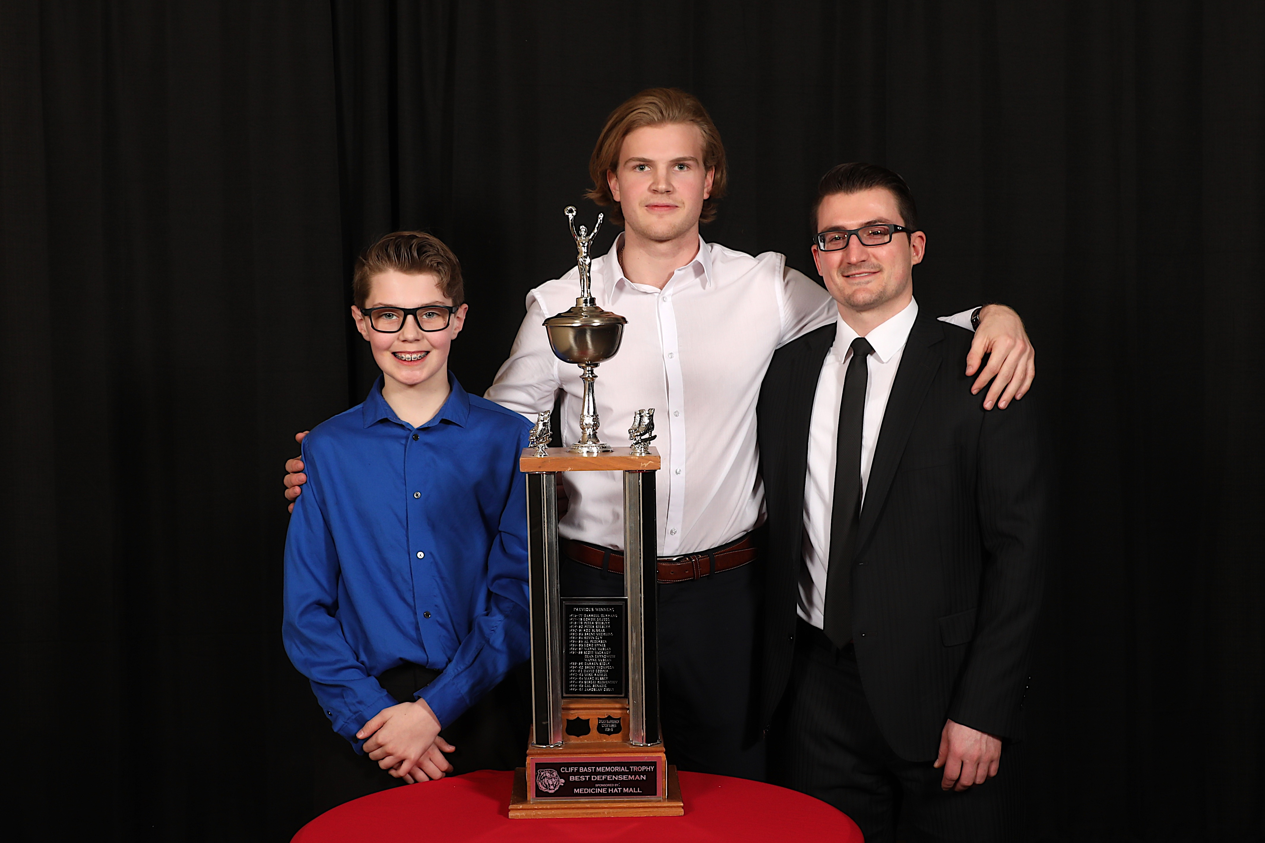 AC Joe Frazer presented the Cliff Bast Memorial Best Defenceman Award Sponsored by the Medicine Hat Mall to Linus Nassen & Dylan MacPherson (Landon MacPherson accepted on Dylan's behalf)