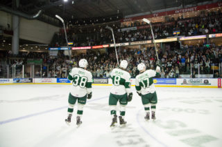 The Everett Silvertips' 20-year-olds salute the crowd following a Game Five win in the 2018 WHL Championship. Photo: Chris Mast