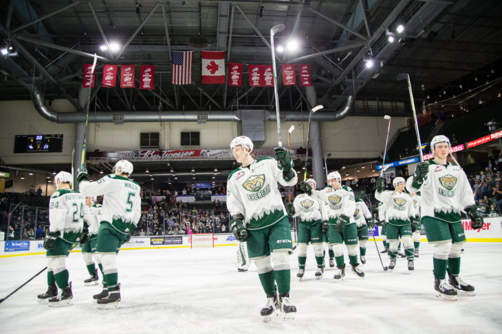Silvertips thank their home crowd after winning their first round of the 2019 WHL Playoffs.